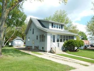 406 Adams St, Fort Atkinson, WI 53538 (#1804642) :: HomeTeam4u
