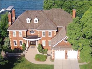 57 Cambridge Rd, Maple Bluff, WI 53704 (#1769584) :: HomeTeam4u
