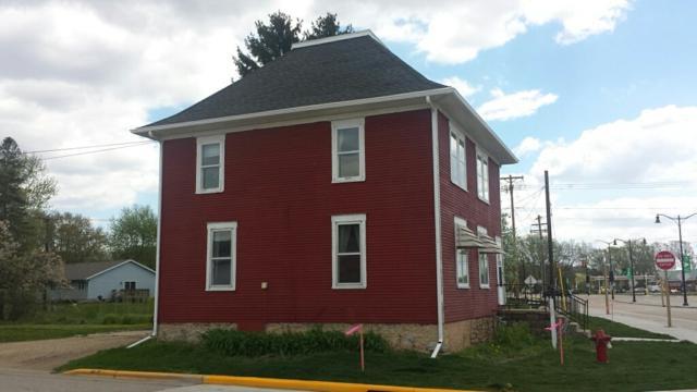 2305 Main St, Cross Plains, WI 53528 (#1790127) :: Nicole Charles & Associates, Inc.