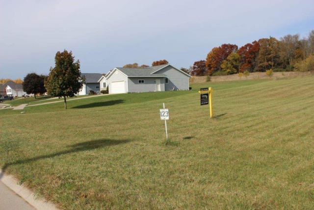 L123 Meadowlark Ln, Portage, WI 53901 (#1795550) :: HomeTeam4u