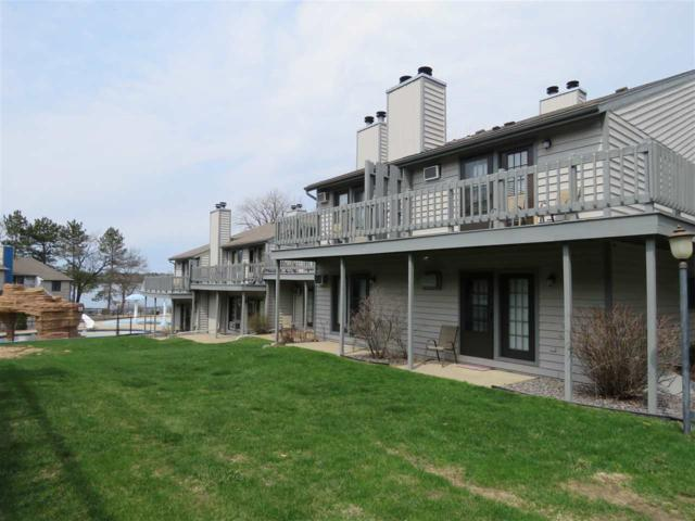 1093 Canyon Rd, Lake Delton, WI 53965 (#1800791) :: Nicole Charles & Associates, Inc.