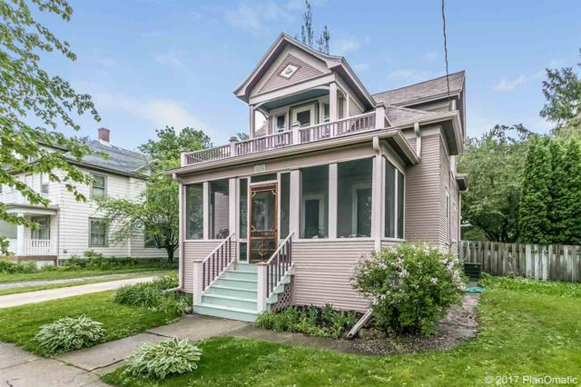 1116 Giles St, Stoughton, WI 53589 (#1804906) :: Baker Realty Group, Inc.