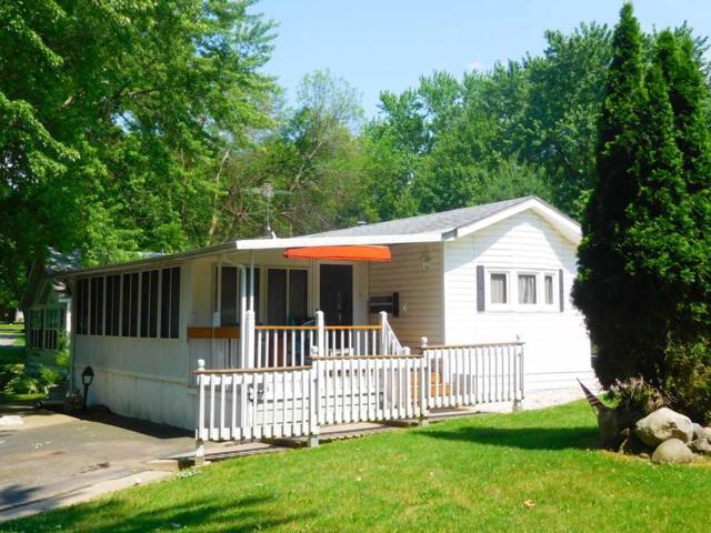 109 Vacation Blvd, Fulton, WI 53534 (#1806343) :: Nicole Charles & Associates, Inc.