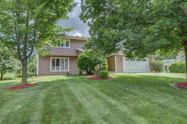 7298 Fountain Cir, Middleton, WI 53562 (#1807401) :: Baker Realty Group, Inc.