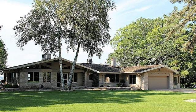 W1644 Sandstone Ave, Green Lake, WI 54941 (#1809811) :: HomeTeam4u