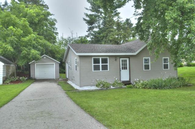 632 S Main St, Poynette, WI 53955 (#1809956) :: HomeTeam4u