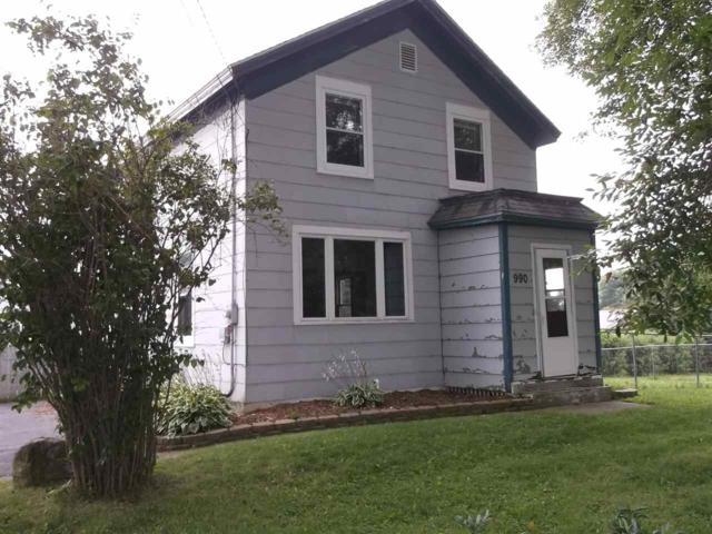 990 Milwaukee St, Lomira, WI 53048 (#1809959) :: HomeTeam4u