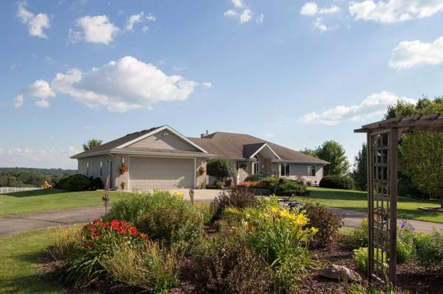 5909 County Road A, Oregon, WI 53521 (#1811128) :: Baker Realty Group, Inc.