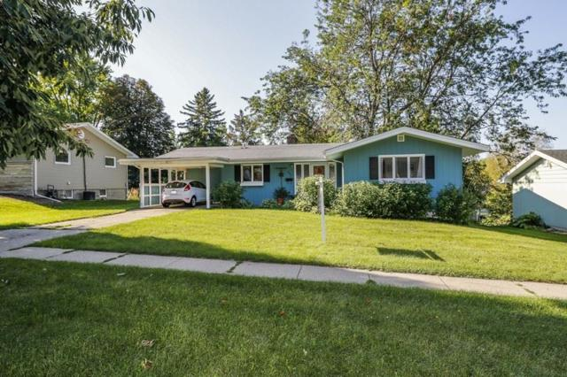 607 E Garfield St, Mount Horeb, WI 53572 (#1811451) :: Baker Realty Group, Inc.