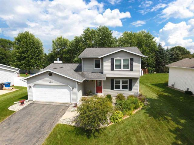 1010 Eric Ln, Waunakee, WI 53597 (#1811730) :: Baker Realty Group, Inc.