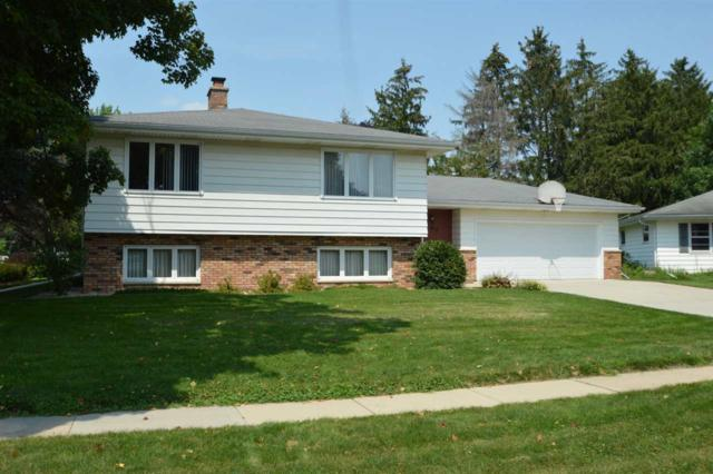 207 7th St, Waunakee, WI 53597 (#1811954) :: Baker Realty Group, Inc.