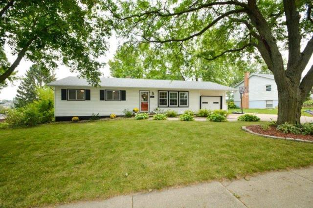 333 N 8TH ST, Mount Horeb, WI 53572 (#1812437) :: Baker Realty Group, Inc.