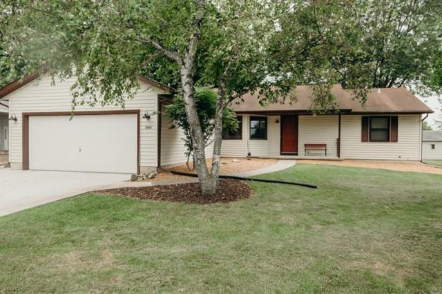 625 Pony Ln, Sun Prairie, WI 53590 (#1815023) :: HomeTeam4u