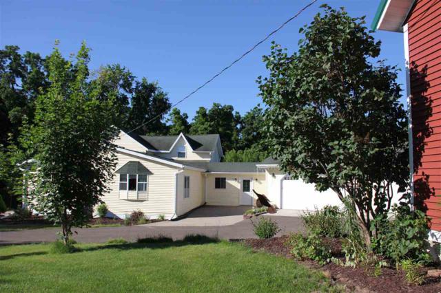 S7417 Sky View Rd, Franklin, WI 53943 (#1818382) :: HomeTeam4u