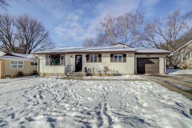 2215 East St, Cross Plains, WI 53528 (#1819542) :: HomeTeam4u