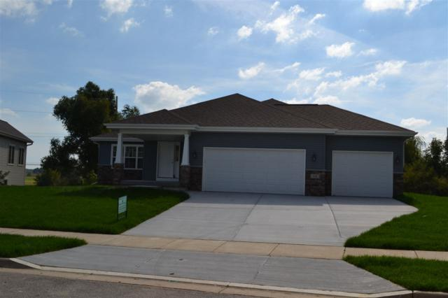 814 Maple Dr, Mount Horeb, WI 53572 (#1819949) :: Nicole Charles & Associates, Inc.