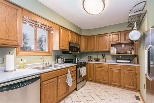 25 Ponwood Cir, Madison, WI 53717 (#1820245) :: HomeTeam4u