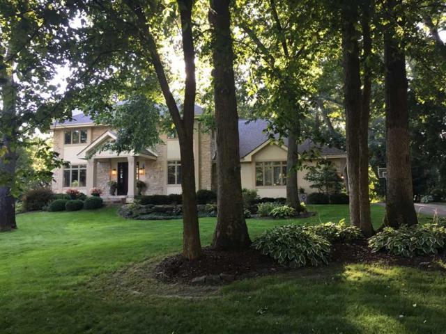 10 Shade Tree Ct, Madison, WI 53717 (#1820729) :: HomeTeam4u