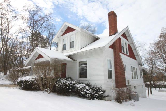 603 N Walnut St, Reedsburg, WI 53959 (#1820793) :: Nicole Charles & Associates, Inc.
