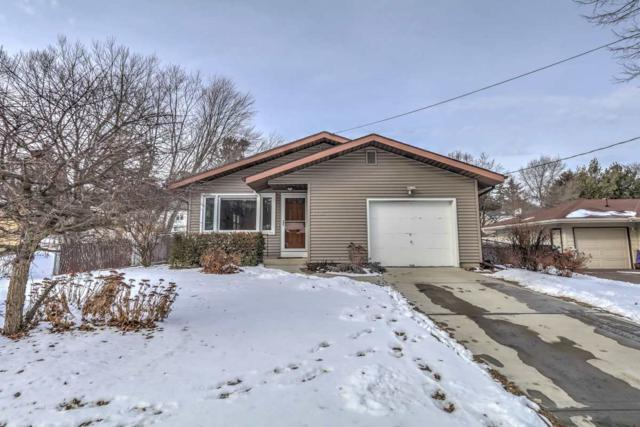 1726 Camus Ln, Madison, WI 53705 (#1820878) :: HomeTeam4u