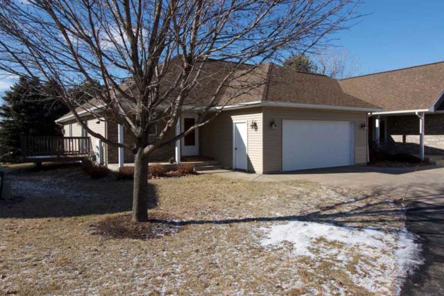 614 Prairie Hills Dr, Dodgeville, WI 53533 (#1823740) :: Nicole Charles & Associates, Inc.