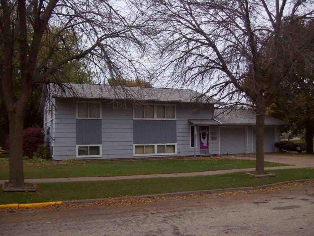 301-303 Grove St, Reedsburg, WI 53959 (#1826910) :: Nicole Charles & Associates, Inc.
