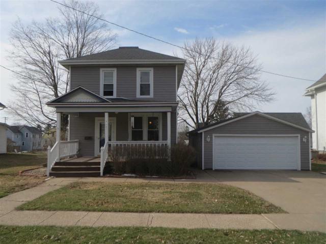 422 W Pine St, Lancaster, WI 53813 (#1828178) :: Nicole Charles & Associates, Inc.