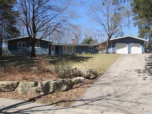 1395 Pineview Dr, Reedsburg, WI 53959 (#1829295) :: Nicole Charles & Associates, Inc.