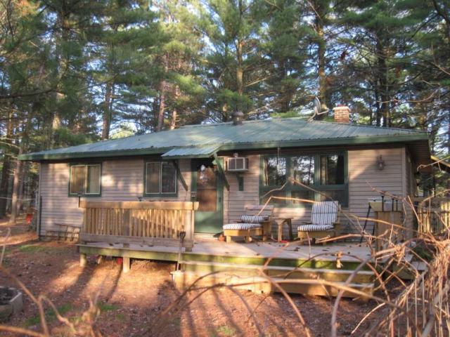 992 E Trout Valley Rd, Big Flats, WI 53934 (#1829605) :: Nicole Charles & Associates, Inc.
