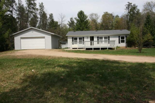 N7783 Sioux Ln, Germantown, WI 53950 (#1830063) :: Nicole Charles & Associates, Inc.