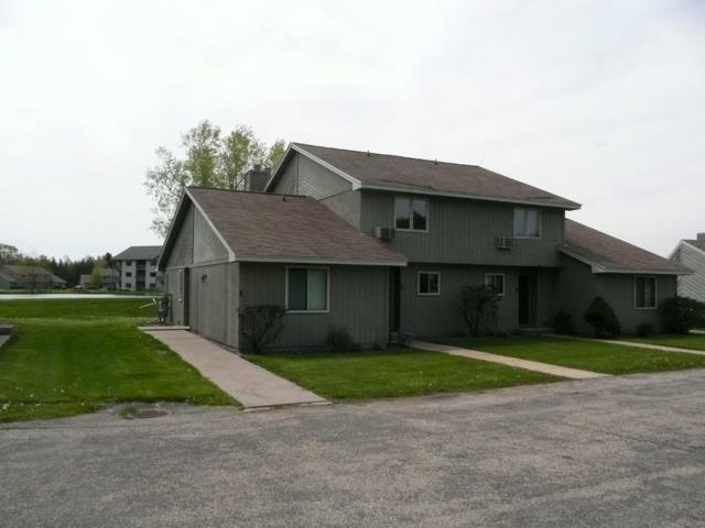 800 Xanadu Rd, Lake Delton, WI 53940 (#1830285) :: Nicole Charles & Associates, Inc.