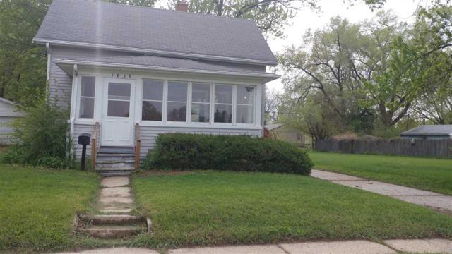 1854 Dewey Ave, Beloit, WI 53511 (MLS #1830525) :: Key Realty