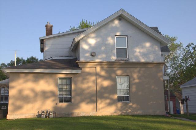 212 E Howard St, Portage, WI 53901 (#1830684) :: Nicole Charles & Associates, Inc.