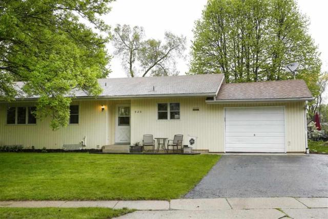 920 Juniper St, Sun Prairie, WI 53590 (#1831267) :: Nicole Charles & Associates, Inc.