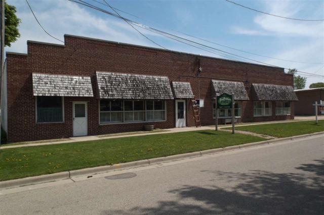 208 N Water St, Columbus, WI 53925 (#1831279) :: Nicole Charles & Associates, Inc.