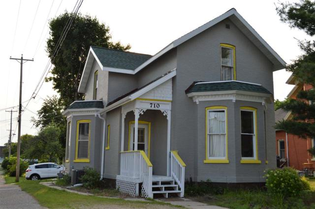 710 Cass St, Portage, WI 53901 (#1832240) :: Nicole Charles & Associates, Inc.