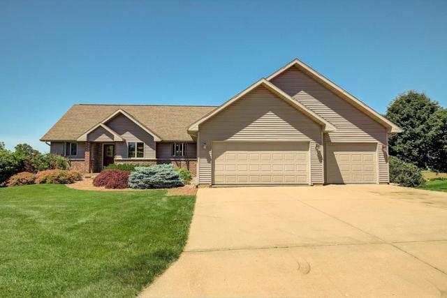 500 Prairie Hills Dr, Dodgeville, WI 53533 (#1832447) :: Nicole Charles & Associates, Inc.