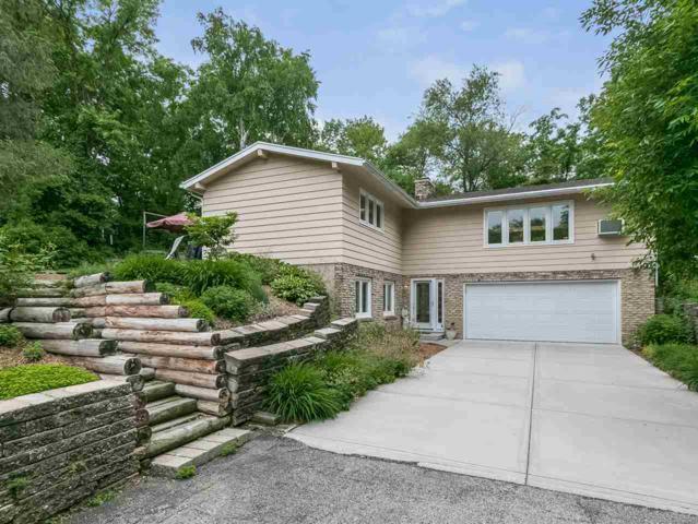 2845 Pleasant View Heights Rd, Pleasant Springs, WI 53527 (#1832742) :: HomeTeam4u
