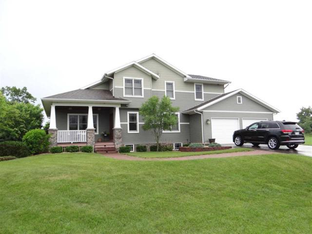 38158 Hillside Cir, Bridgeport, WI 53821 (#1832949) :: Nicole Charles & Associates, Inc.