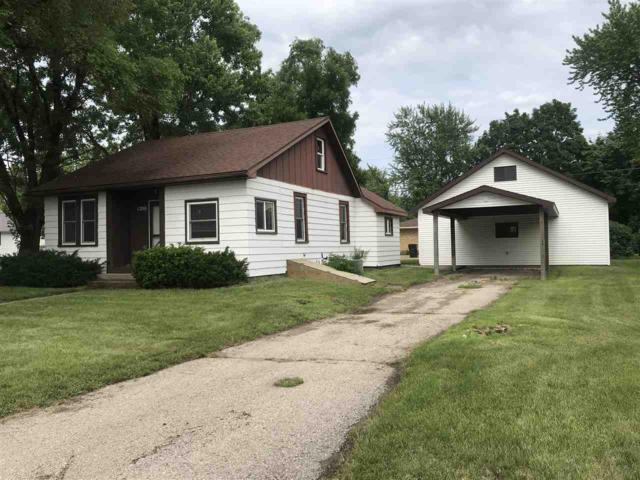 1200 S 9th St, Prairie Du Chien, WI 53821 (#1832994) :: Nicole Charles & Associates, Inc.