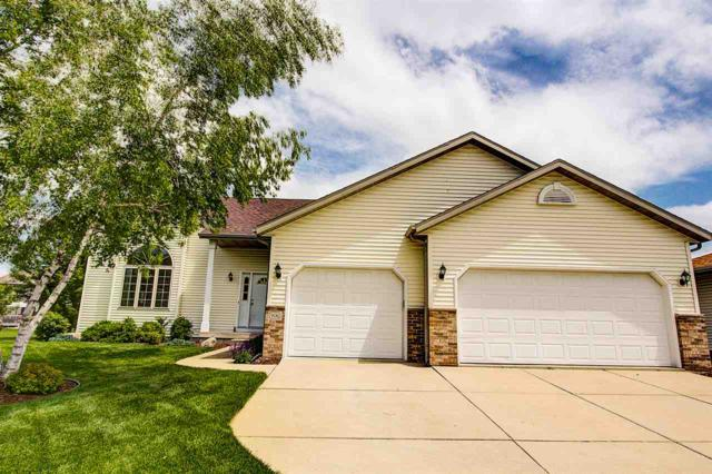 906 Turnberry Dr, Waunakee, WI 53597 (#1833303) :: Nicole Charles & Associates, Inc.