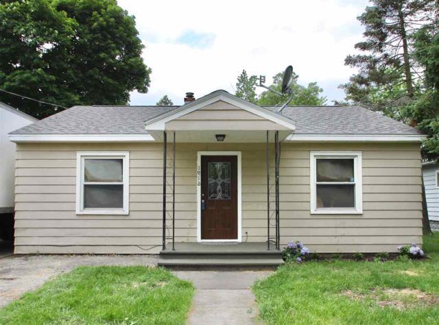 1916 S Park Ave, Beloit, WI 53511 (#1833340) :: Nicole Charles & Associates, Inc.