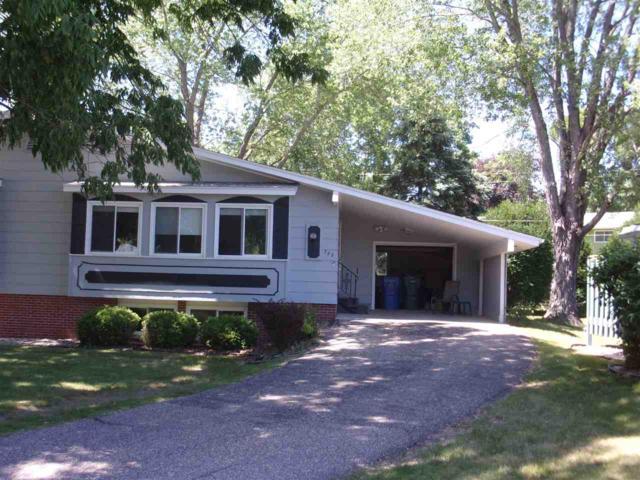 723 11th St, Baraboo, WI 53913 (#1833651) :: Nicole Charles & Associates, Inc.