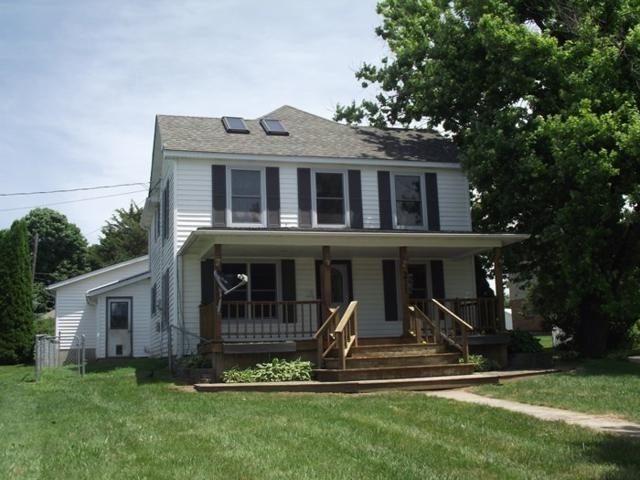 211 E High St, Shullsburg, WI 53586 (#1833736) :: Nicole Charles & Associates, Inc.