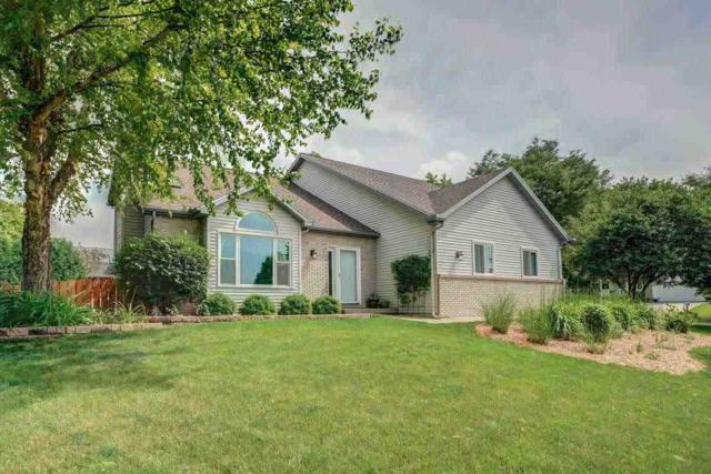2938 Maple View Dr, Madison, WI 53719 (#1833846) :: HomeTeam4u