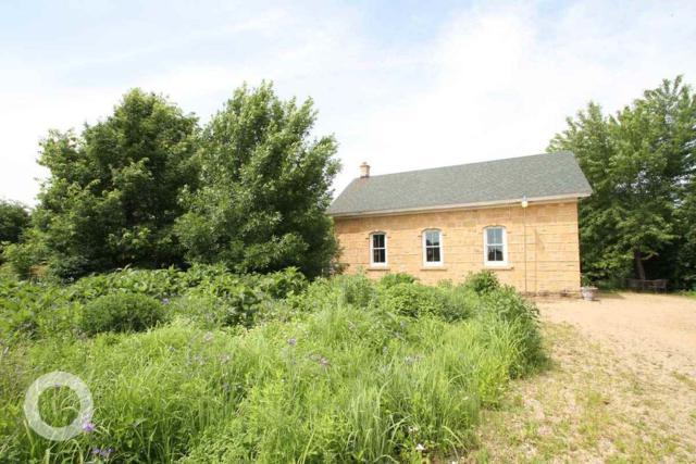 9261 County Highway Y, Roxbury, WI 53583 (#1833849) :: HomeTeam4u