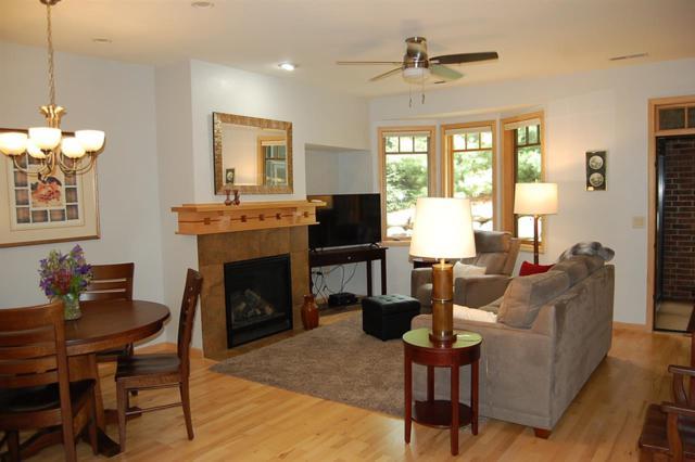 10 Glen Brook Way, Fitchburg, WI 53711 (#1834626) :: Nicole Charles & Associates, Inc.