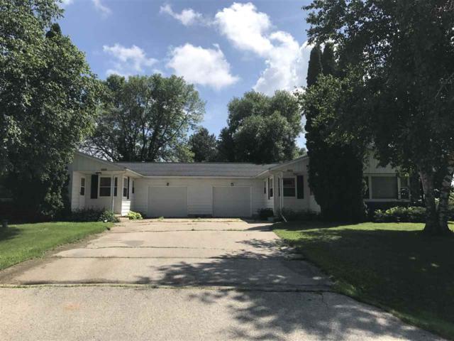 N4230-4232 N Oak Grove Dr, Elba, WI 53925 (#1834807) :: Nicole Charles & Associates, Inc.