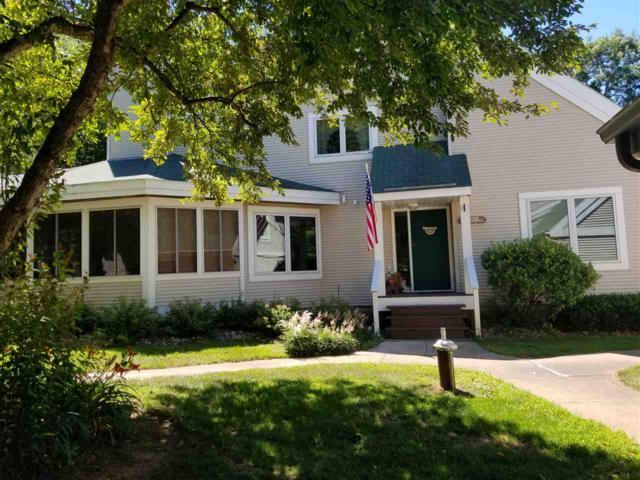 N7820 Lakeview Ct, Germantown, WI 53950 (#1835536) :: Nicole Charles & Associates, Inc.