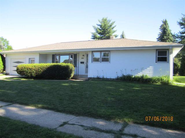 2025 Sunnyside St, Janesville, WI 53548 (#1835627) :: Nicole Charles & Associates, Inc.